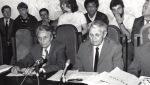 1990 - mai. Împreună cu Ion Diaconescu, la org. de tineret a PNŢCD